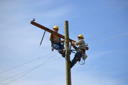 SMECO Linemen Compete in Gaff 'n' Go Rodeo