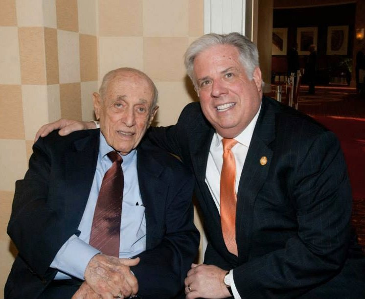 Former Gov. Mandel passes away at age 90